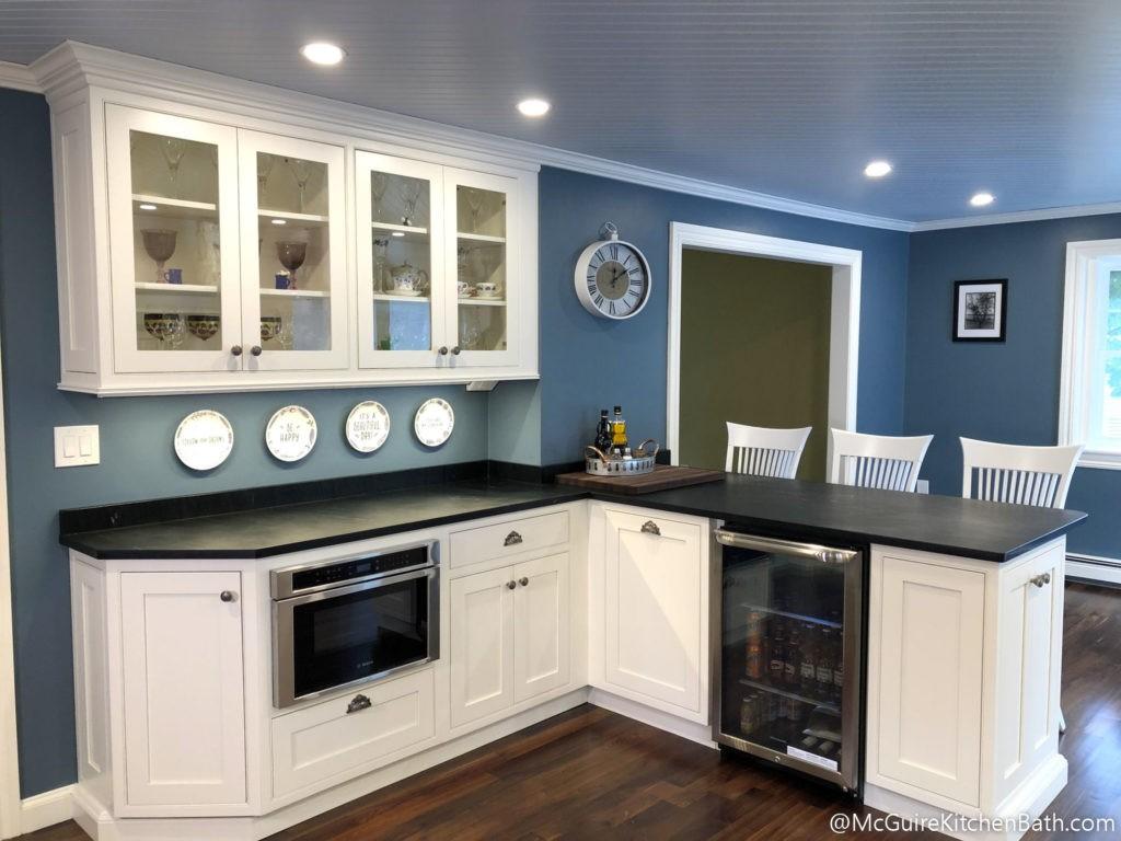 Stylish farmhouse kitchen in Wakefield