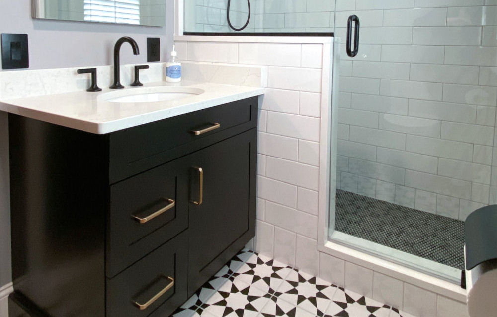 Black and white bathroom design Wakefield MA