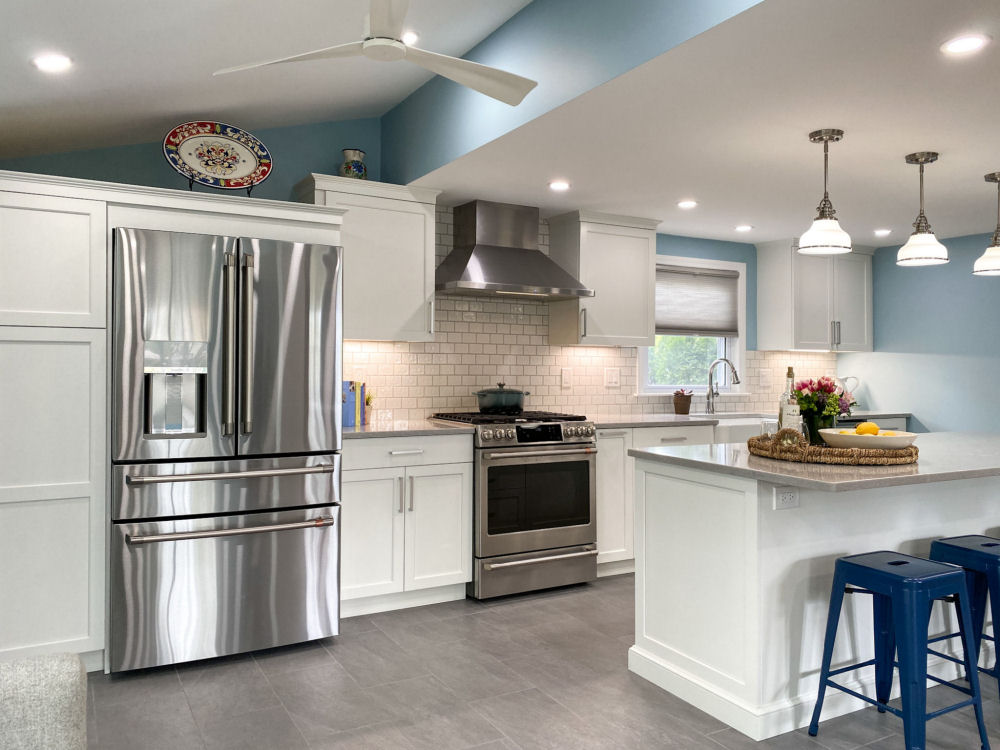 Saugus Kitchen Remodel with White Kitchen Cabinets
